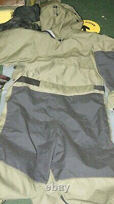 Émission De L'armée Britannique Typhoon Immersion Costume Une Pièce Taille M Lourd Service Goretex Nw