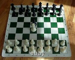 Ensemble 4 Pièces D'échecs Lourds Vinyle Roll Up Board Sac Dgt 3000 Minuterie D'horloge