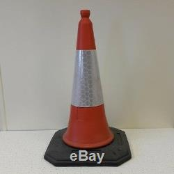 Palette De 100 U. K Elite Traffic Cones (2 Piece De Service De Heavy De 750mm)