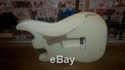 Pièce Spec Alder USA Olympic White Stratocaster Heavy Body Relic Nitro 2
