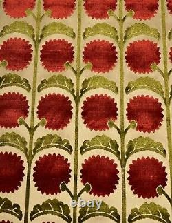 Vervain Vivienne Velour Pomegranite Velvet Designer Fabric 1.1 Pièce De Cour